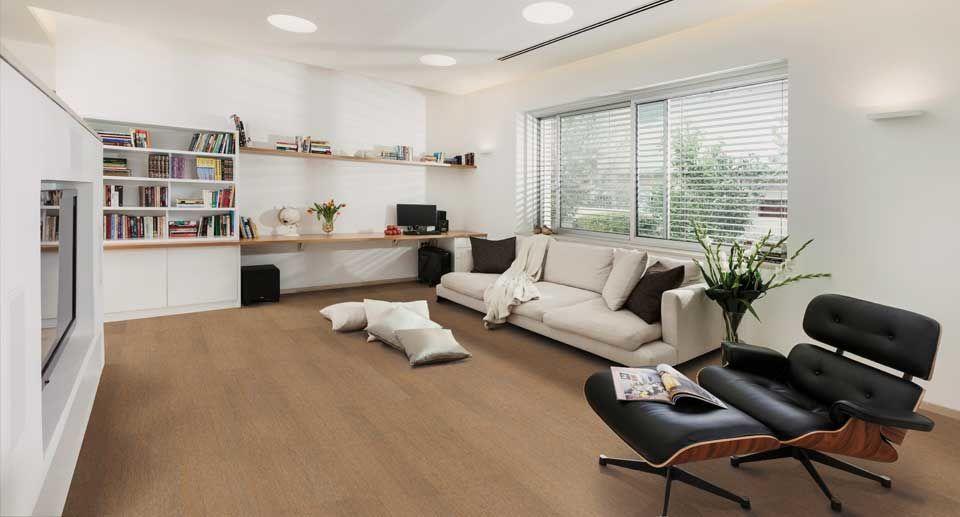 Bodenbelag Korkboden im Wohnzimmer mit Sessel